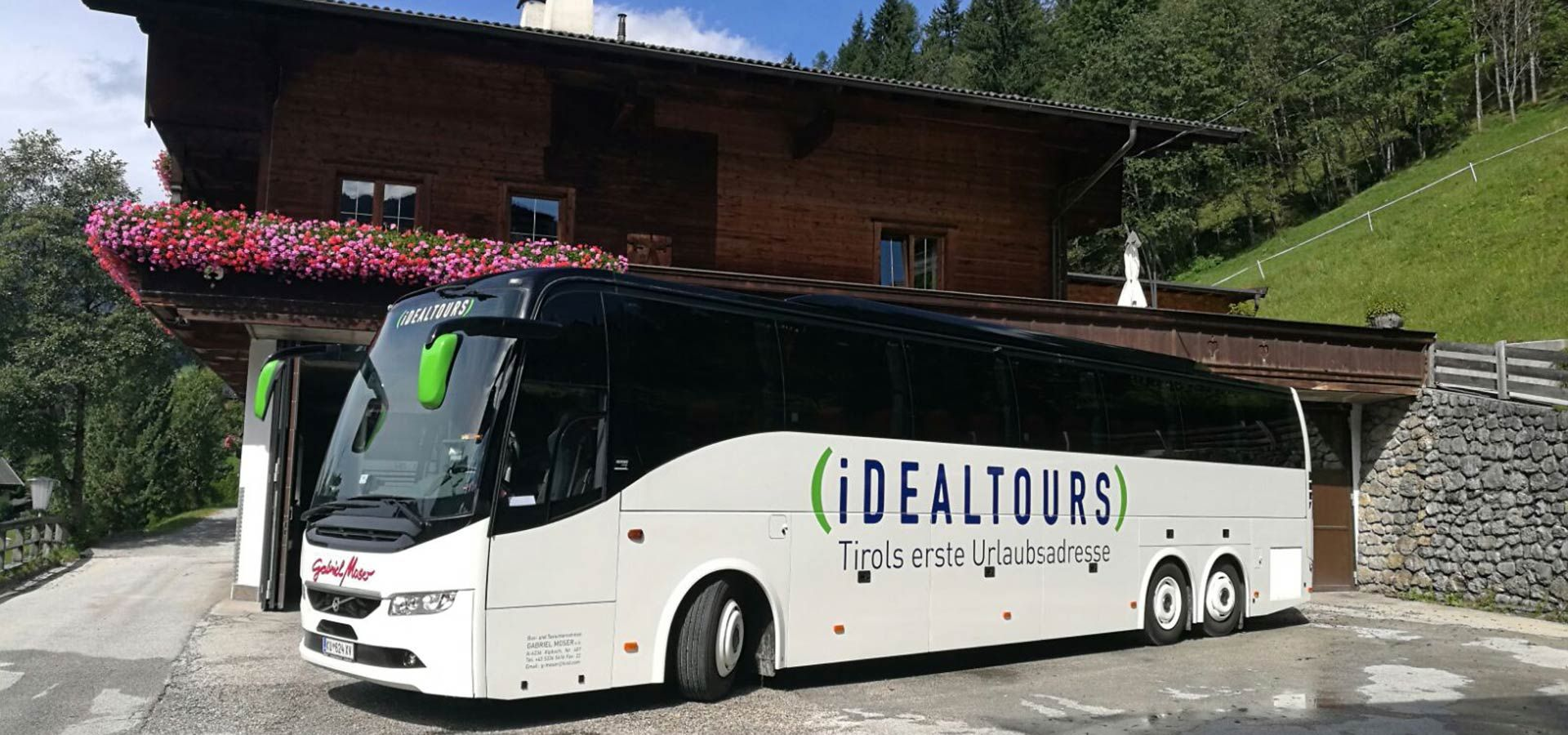 Idealtours Bus